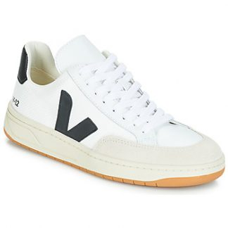 Veja V-12 women's Shoes (Trainers) in White