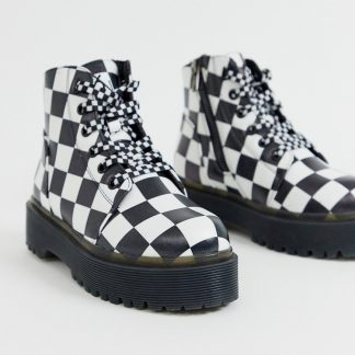 Y-R-U - vegan leather boots in check-Black